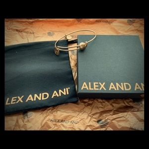 EUC Alex and Ani tree of life bangle